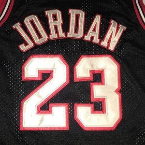 NBA - Bulls Jersey Jordan 23 - Size YL